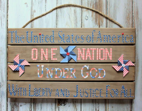 Patriotic sign made with paper from the #Americana collection by @PebblesInc #patriotic #fourthofjuly