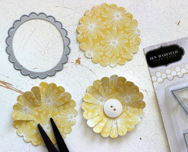 How to make a scallop circle flower using @pebblesinc Home + Made Dies by @ribbonsandglue