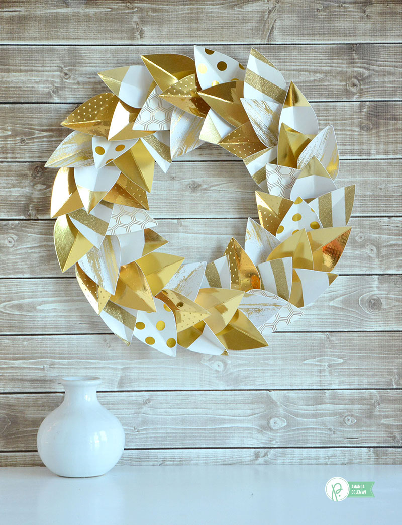 Paper Leaf Wreath by @amanda_coleman1 using gold foiled papers from @pebblesinc