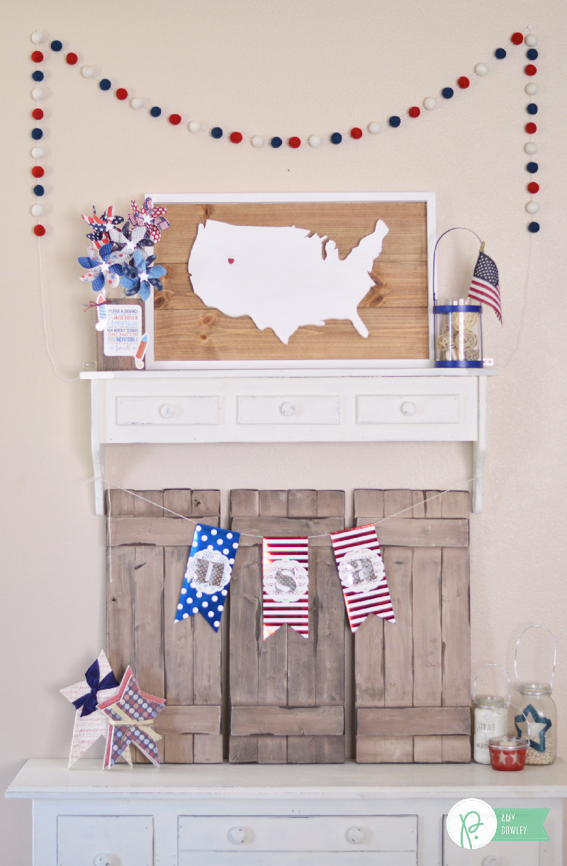 Create this Red, White & Blue Pinwheel Decor to use as a centerpiece or decor for Independence Day. @thehappyscraps show you how with the #americathebeautiful collection from @pebblesinc.