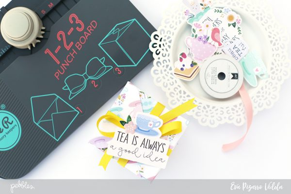 Personalized tea bag boxs are perfect for Mother's Day! @evapizarrov shows you how to make these using the #tealightful collection by @pebblesinc